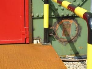 Eines der Löcher am Gasometer