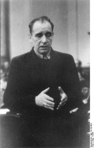 Julius Leber vor dem Volksgerichtshof, 1944 (Bundesarchiv)